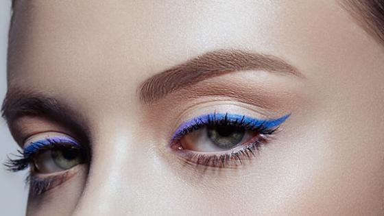 Jak wykonać makijaż oczu?